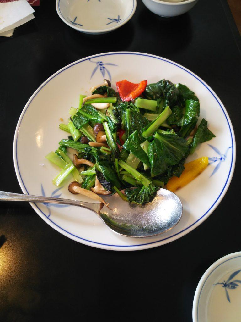 東華菜館の青菜炒め