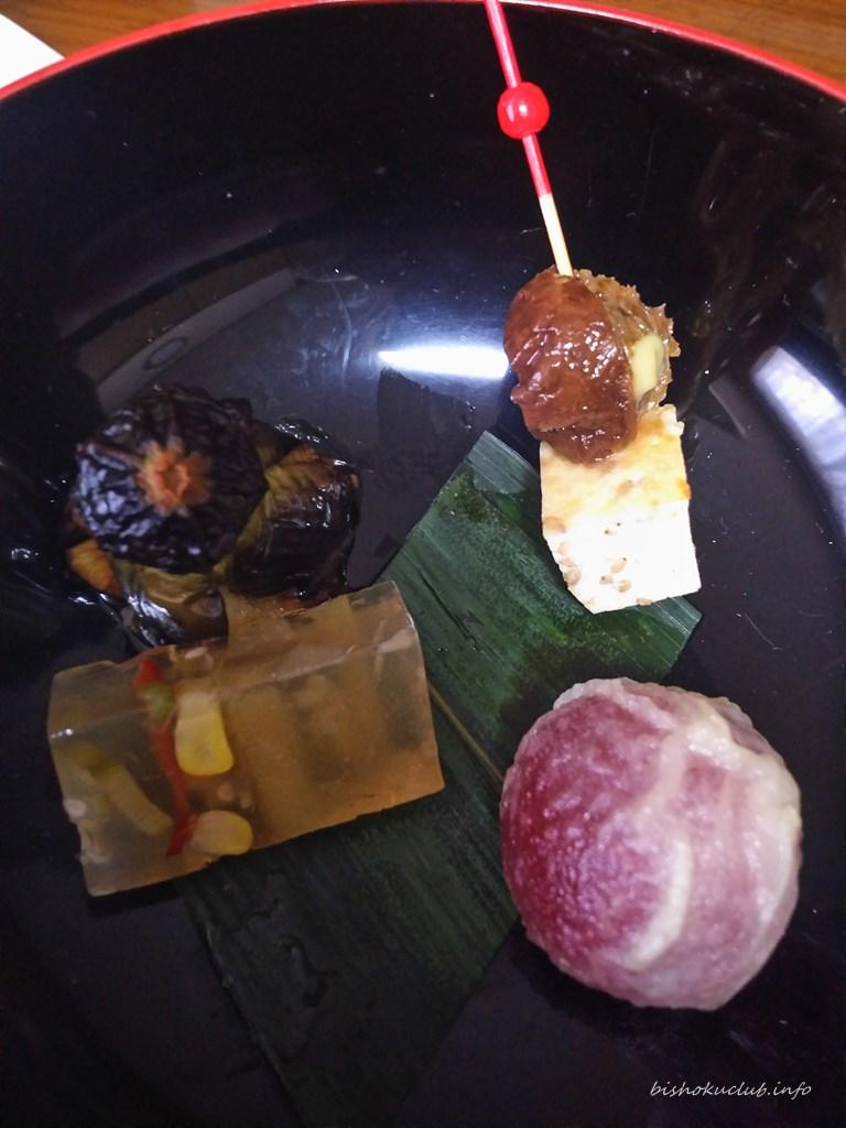 泉仙の梅の天ぷら