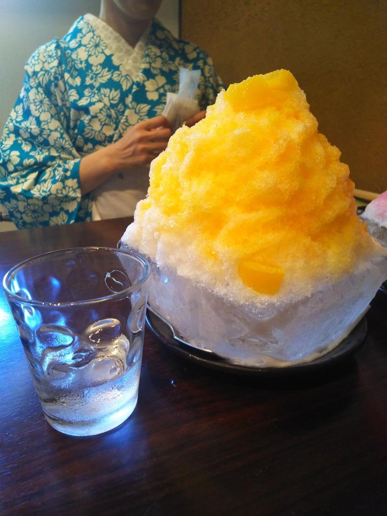 Page Oneのかき氷オレンジ