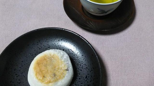 神馬堂の葵餅と緑茶